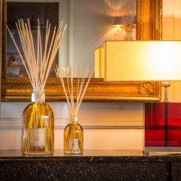 Reed diffuser 262x262 8 decorating tips to create your ideal student room