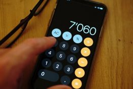 calculator 262x175 Accommodation – a university necessity that can be free